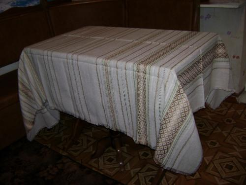 17 скатерка, скатерть (table-cloth)